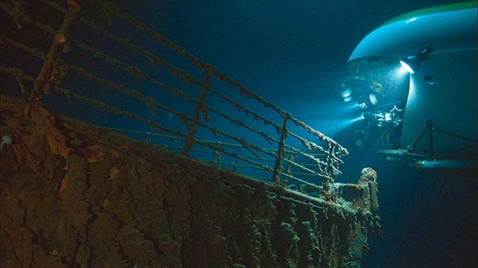 Dive to the Wreck of the Titanic
