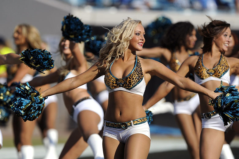 50 Of The Hottest Cheerleaders In The NFL