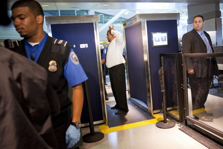 Teen Films His Father's TSA Pat-Down: Cops Called