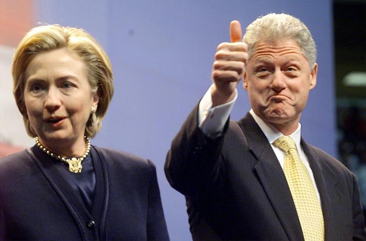 http://cdn.lifedaily.com/wp-content/uploads/2016/02/02-bill-and-hillary.jpg