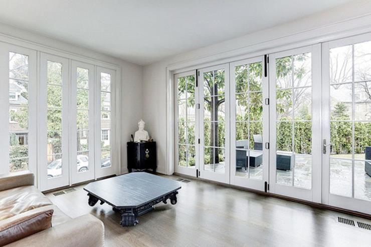 دربهای فرانسوی اتاق نشیمن خانه ایوانکا ترامپ
