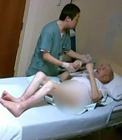 Seorang perawat bertindak sangat agresif terhadap Georges