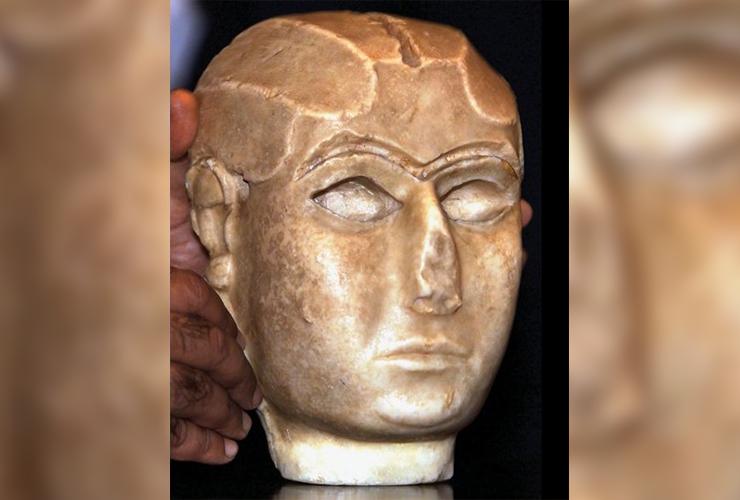 Mask of Warka Story