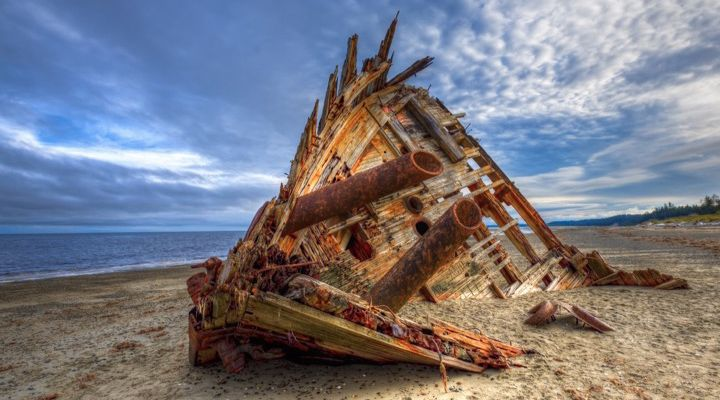 Erie Shipwrecks Story