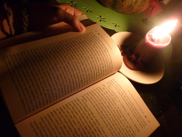 Reading with Dim Lights